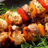 Come cucinare gli spiedini di carne
