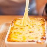 Come realizzare piatti filanti con la mozzarella