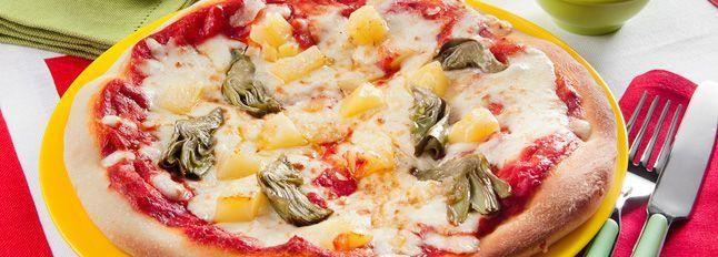 Pizza patate e carciofini con pecorino