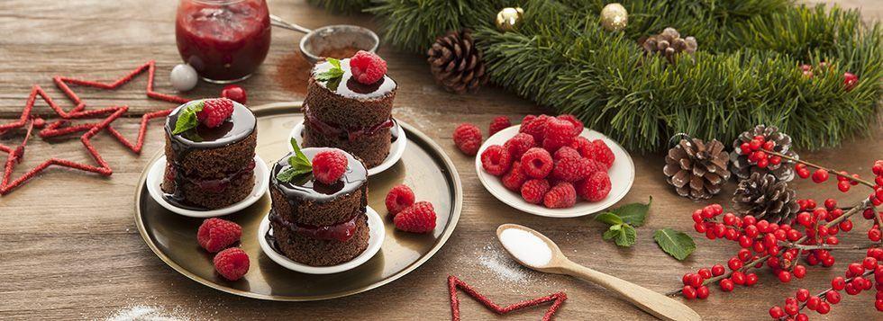 Tortine al cioccolato e marmellata di lamponi