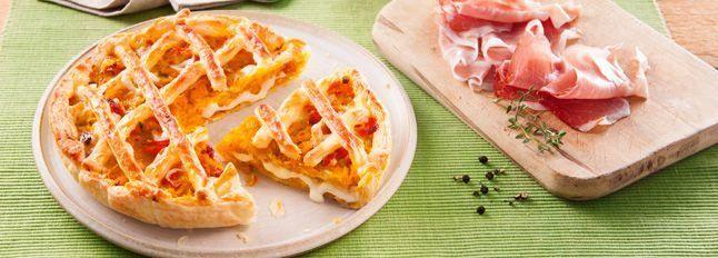 Torta rustica ripiena di zucca, Fette alla Mozzarella e speck