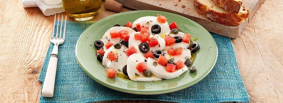 Caprese alle olive nere