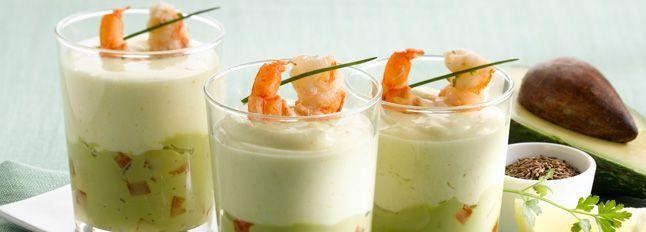 Cocktail di avocado, dadini di pomodori e Certosa con gamberi