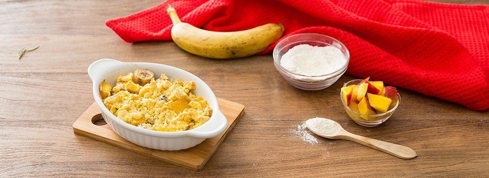 Crumble di banana e mango