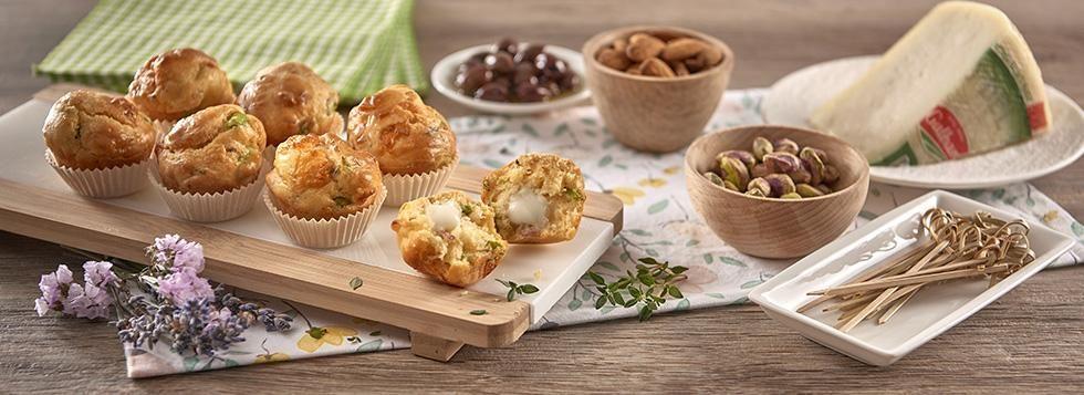 Mini Muffin con Bel Paese, guanciale, fave e timo