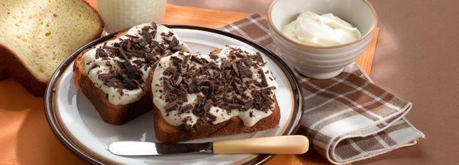Pan brioche Certosa, miele e scaglie di cioccolato