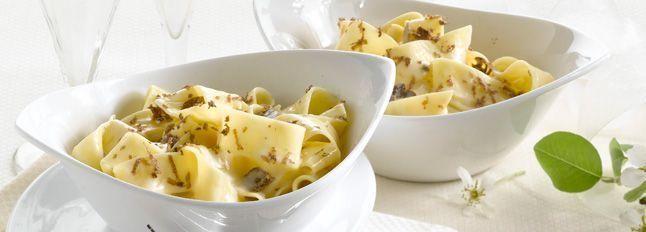 Pappardelle alla crema di mascarpone e tartufo