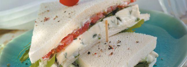 Sandwich con Gorgonzola D.O.P Galbani