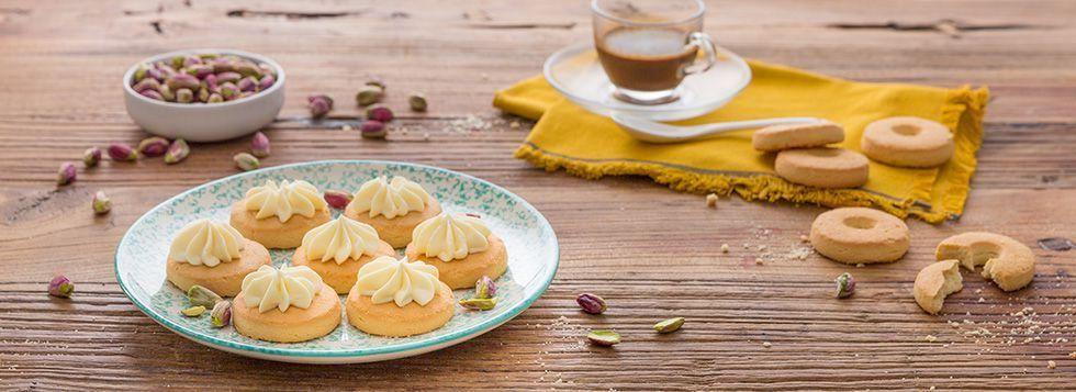 Biscotti alla crema dolce al mascarpone
